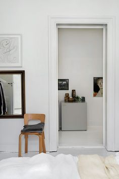 The home of Swedish interior stylist Thomas Lingsell, Stockholm, Sweden - Photo Andy Liffner - Residence magazine