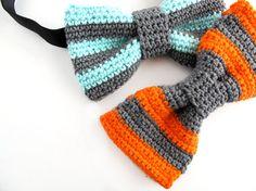 DIY - HÆKLET BUTTERFLY - Frkhansen.dk Crochet Bebe, Knit Crochet, Bowtie Pattern, Fest, Dog Bows, Learn To Crochet, Crochet Accessories, Baby Headbands, Crochet Clothes