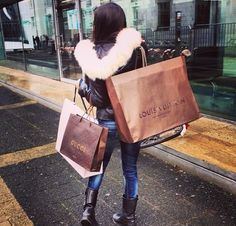 shopping, fashion, and gucci image Shopping Spree, Go Shopping, Girls Shopping, Money Cant Buy Happiness, Shop Till You Drop, Luxe Life, Girls World, Luxury Shop, Cold Day