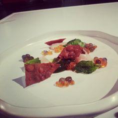 Paisaje con trucha de @GastonAcurio en el cierre de #forumgastronomico13 Foto: gastronomiaycia