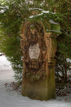 Old cemetary stone. Cemetery Monuments, Cemetery Statues, Cemetery Headstones, Old Cemeteries, Cemetery Art, Graveyards, Unusual Headstones, Gardens Of Stone, Cemetery Angels