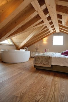 master bedroom with bathtub Bedroom With Bathtub, Attic Master Bedroom, Attic Bedroom Designs, Attic Design, Bedroom Loft, Attic Rooms, Home Bedroom, Tiny House Cabin, Cabin Homes