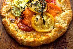 Tomato Crostata With Honey-Thyme Glaze - Recipes - The New York Times http://www.nytimes.com/recipes/1014953/Tomato-Crostata-With-Honey-Thyme-Glaze.html