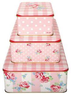 Pink, gingham AND polka dots??!!