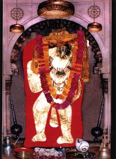 Lord Hanuman and the Power of Chalisa Hanuman Photos, Hanuman Images, Lord Shiva Hd Images, Hanuman Ji Wallpapers, Lord Krishna Hd Wallpaper, Apple Wallpaper Iphone, Bear Wallpaper, Wallpaper Quotes, Wallpaper Free Download