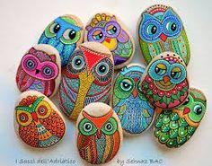 1000 images about piedras pintadas on pinterest painted for Pintura para pintar piedras