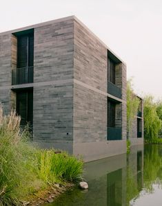 Exterior. Xixi Wetland Estate por David Chipperfield Architects. Fotografía © Simon Menges.
