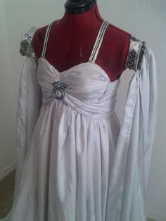 Daenerys' Wedding Gown Game of Thrones by GlitzieGeek on Etsy :::: I MUST HAVE THIS!