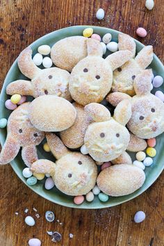 Sugar bunny made from quark oil dough My. - Sugar bunny made from quark oil dough My kitchen fight - Cookie Recipes, Dessert Recipes, Desserts, Quark Recipes, Cream Recipes, Brunch Recipes, Cookies Decorados, Evening Meals, Food Items