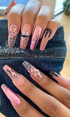 Elegant Rhinestones Coffin Nails Designs - Page 30 of 38 - ToMyFashion Pink Glitter Nails, Summer Acrylic Nails, Best Acrylic Nails, Bling Nails, Swag Nails, 3d Nails, Nail Art With Glitter, Nails Acrylic Coffin Glitter, Glitter Nail Polish