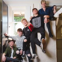 And then there was officially five🖐😋 Road Trip Uk, Roadtrip Boyband, Brooklyn Wyatt, Betty And Jughead, Band Wallpapers, Smile Because, Beautiful Moments, Music Artists, My Boys