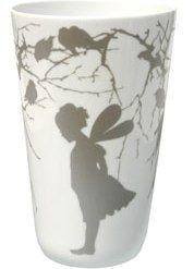 """Denne vasen ønsket jeg meg lenge, og vi fikk den i julegave c"""",) Alveserien, Wik og Walsøe Scandinavian Living, Planter Pots, Vase, Candles, My Favorite Things, Cool Stuff, Tableware, Interior, Inspiration"""