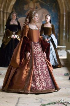 The Other Boleyn Girl - Costumes by Sandy Powell Mode Renaissance, Costume Renaissance, Medieval Costume, Renaissance Fashion, Medieval Dress, Medieval Clothing, Renaissance Dresses, Theatre Costumes, Movie Costumes