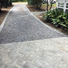 Top 40 of the best entrance edge ideas - invitation of border patternsTop 40 of the best entrance edge ideas - invitation of border patternsTop 60 Best Gravel Driveway Ideas - Curb Appeal DesignsGray Brick Rock Driveway, Driveway Edging, Modern Driveway, Driveway Apron, Gravel Driveway, Driveway Entrance, Front Driveway Ideas, Walkway, Driveway Landscaping