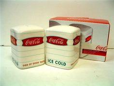 coca cola kitchen decor | Coca-Cola Salt/Pepper Set , http://www.amazon.com/dp/B003GBBIQ0/ref=cm ...