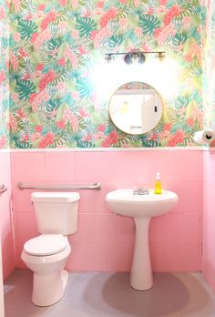 pink bathroom cute p - bathroomdecoration Small Bathroom Wallpaper, Pink Bathroom Tiles, Next Bathroom, Baby Bathroom, Vintage Bathrooms, Tropical Bathroom, Downstairs Toilet, Bathroom Inspo, Pink Bathroom Vintage