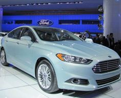 Ford Fusion 2013... so slick.