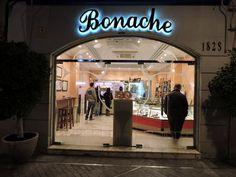Tienda de Bonache, ubicada en la Plaza de las Flores de Murcia y asociada a nuestra wweb www.apanymantel-catering.com