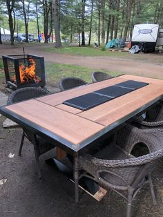 Outdoor Tables, Outdoor Decor, Outdoor Furniture, Home Decor, Projects, Garden Furniture Outlet, Homemade Home Decor, Decoration Home, Room Decor