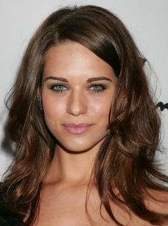 Lyndsy Fonseca- I WANT HER HAIR in BLONDE of course ;)