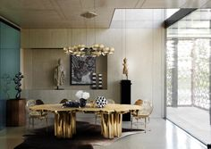 Beautiful Modern Dining Room Fortuna Table By Boca do Lobo | www.bocadolobo.com #bocadolobo #luxuryfurniture #luxurydesign #bespoke #furnituredesign #diningtable #diningroom
