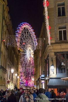 """Metz illuminé (2). Découvrez """"La Grande Roue"""" Place d'Armes en venant nous rendre visite :-) !"""