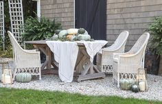Rooms for Rent outdoor living Gravel Patio, Outdoor Tables, Outdoor Decor, Rooms For Rent, Outdoor Entertaining, House Rooms, Farmhouse Style, Fall Decor, Outdoor Living