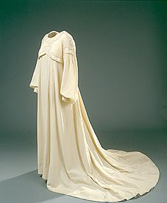 Reform bridal gown, 1904