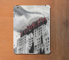 New Yorker SlimFit case for iPad 2/3/4 and iPad by TheArtistAbroad