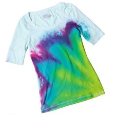 I really need to tie dye a shirt to remind me of how awesome I was as a kid <3