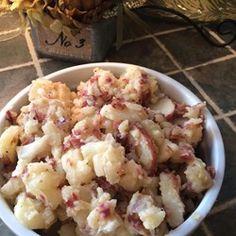 Hot German Potato Salad III Recipe - A variation on potato salad - delicious! German Potato Recipes, Patato Salad, Authentic German Potato Salad, Recipe For Hot German Potato Salad, Warm Potato Salads, German Potatoes, Pasta, Potato Dishes, Potato Food