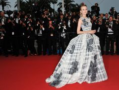 Diane Kruger (in Christian Dior Haute Couture) at Cannes Film Festival closing ceremony