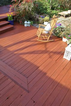 All Thompson S Waterseal Waterproofing Stains Combine Color And Protection In One Best Deck