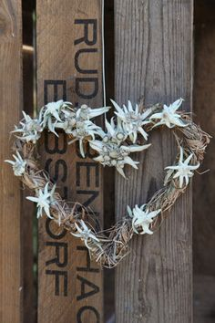 It's all about Hearts ♡ Chalet Design, Chalet Style, Alpine Flowers, Edelweiss, Biscuit, Love Is Everything, Mountain Living, Heart Wreath, Antique Paint