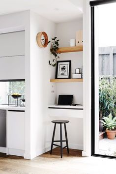 Kitchen Interior Design Home Office Décor Ideas - Do you find it hard to focus when working from home? These home-office decorating ideas will make you feel inspired and productive. Interior Design Minimalist, Minimalist Home, Interior Design Kitchen, Minimalist Bedroom, Study Interior Design, Study Design, Interior Designing, Interior Modern, Design Bedroom