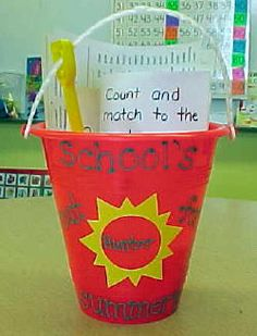 I better start collecting buckets! I am totally making these for my kindergarteners this year! Maybe a PAWS theme? What do you think Pearl Pearl Liu Solon? I also found my end of the year poem here! End Of School Year, School Holidays, School Fun, School Days, School Stuff, Classroom Crafts, Classroom Fun, Classroom Activities, School Gifts