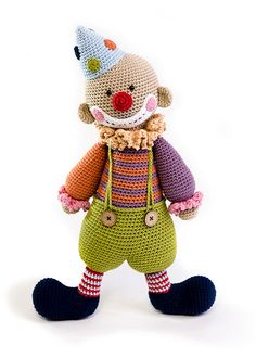 book Amigurumi Circus - Chatterbox the clown by Lilleliis - Amigurumipatterns.net