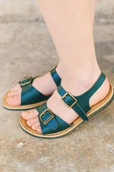 Flat boho slingback sandals with straps and buckles. Handmade from genuine Italian leather. Green Sandals, Boho Sandals, Strap Sandals, Leather Sandals Flat, Leather Shoes, Flat Sandals, Slingback Sandal, Slingbacks, Summer Flats
