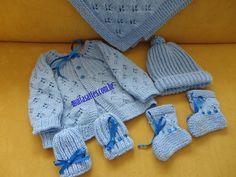 Conjunto em tricô para menino