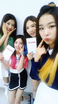 140812 Red Velvet Selca from The Show Park Sooyoung, Wendy Red Velvet, Red Velvet Irene, Rapper, Solo Pics, Red Velvet Seulgi, Kim Yerim, White Girls, Sensual