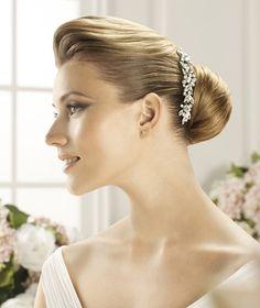 Pronovias präsentiert Ihnen den Kopfschmuck T20-2439 für die Braut. | Pronovias