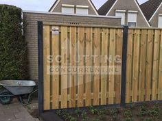 Onze bestseller, de hout (grenen 21-planks vol privacy) beton (antraciet) schutting