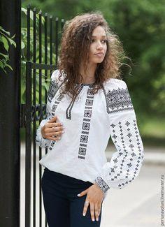 Блузки ручной работы. Ярмарка Мастеров - ручная работа. Купить Блуза женская с вышивкой 209-15. Handmade. Однотонный