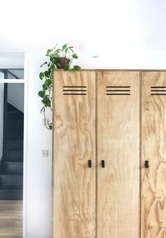 DIY locker cabinet made of plywood , Plywood Projects, Diy Furniture Projects, Decorating Your Home, Diy Home Decor, Diy Locker, Diy Porch, Home And Deco, Interior And Exterior, Loft