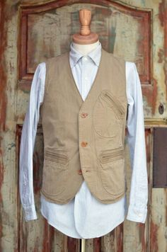 Vest Mens Fashion Suits, Fashion Outfits, Tweed Run, Dapper Gentleman, Teacher Style, Men's Wardrobe, Textiles, Vintage Denim, Street Style Looks
