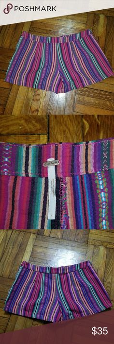 FREE PEOPLE TRIBAL PRINT SHORTS 4 Like new Free People Shorts