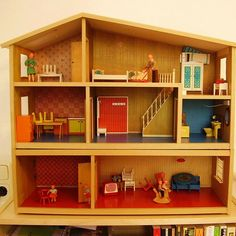 Awesome!  I had this exact dollhouse when I was a little girl!