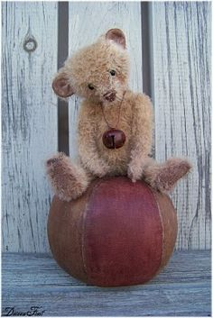 Teddy Bear By Doreen Frost #teddy, #teddies, #bears, #toys, #pinsland, https://apps.facebook.com/yangutu