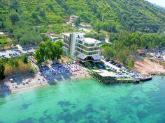 Hotels :de 3 000 à 4 500 lek (de 20 à 30£) pour une chambre double standard .Tirana ,à Durrés,à Vlora et sur la Riviera albanaise ,compter deux fois plus
