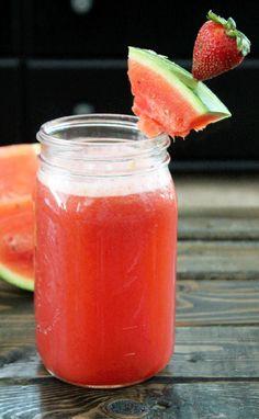 Strawberry Watermelon Detox Water by notquiteavegan: High in antioxidants and vitamin C. #Flavored_Water #Strawberry #Watermelon #Vitamin_C #Antioxidants #Healthy